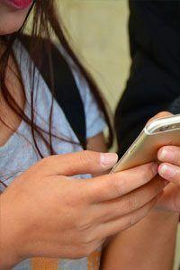 la soledad a traves de las redes sociales
